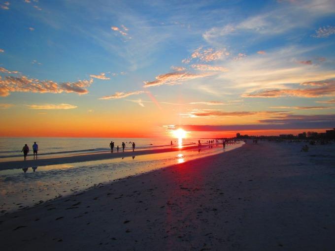 beach-1092764_1280