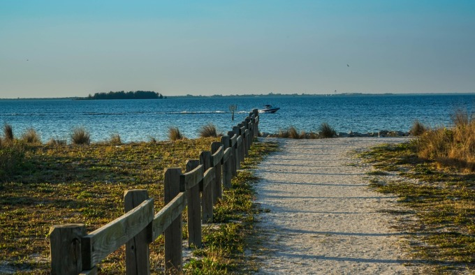 beach-1212638_1280
